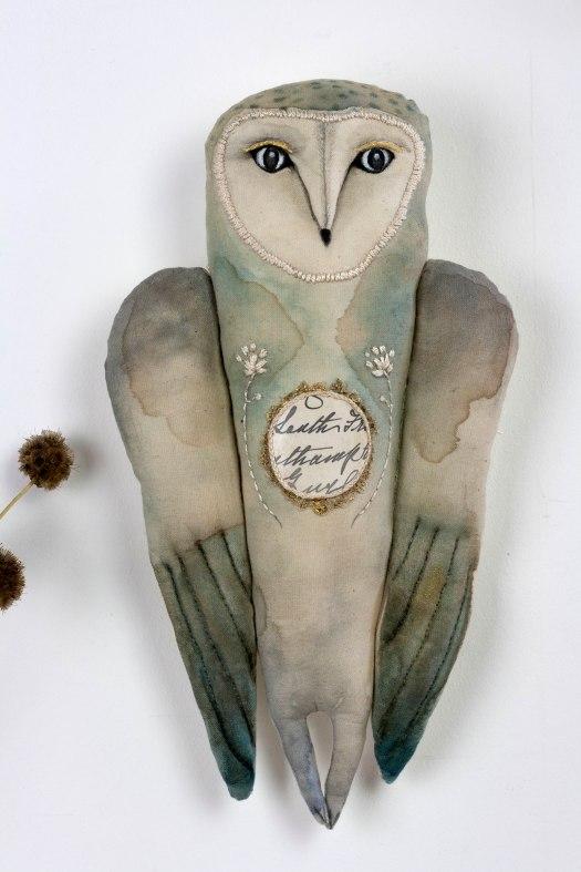 ula-owl-02