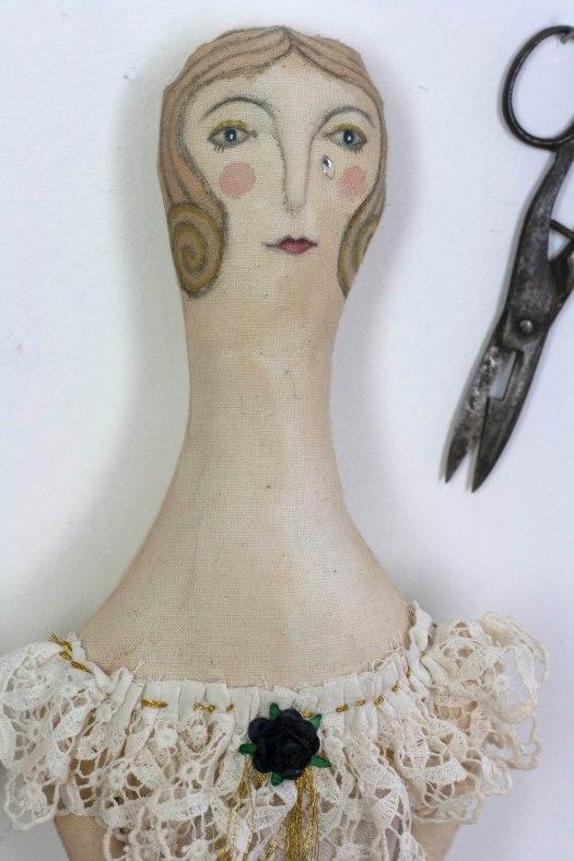 helga-harlequin-with-tear