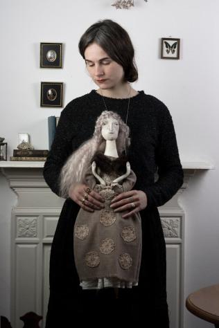 doll maker Pantovola